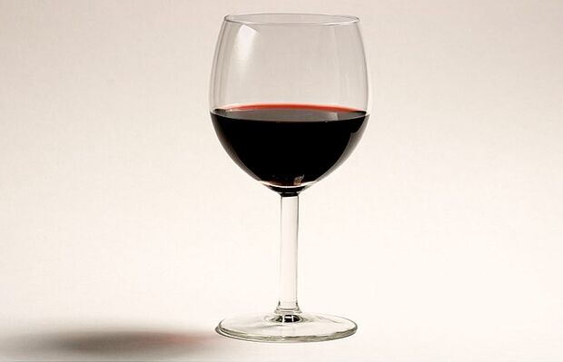 AL-Illu-Glas-Rotwein