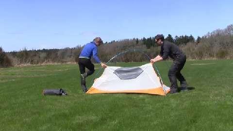 Anleitung: Kuppelzelt aufbauen