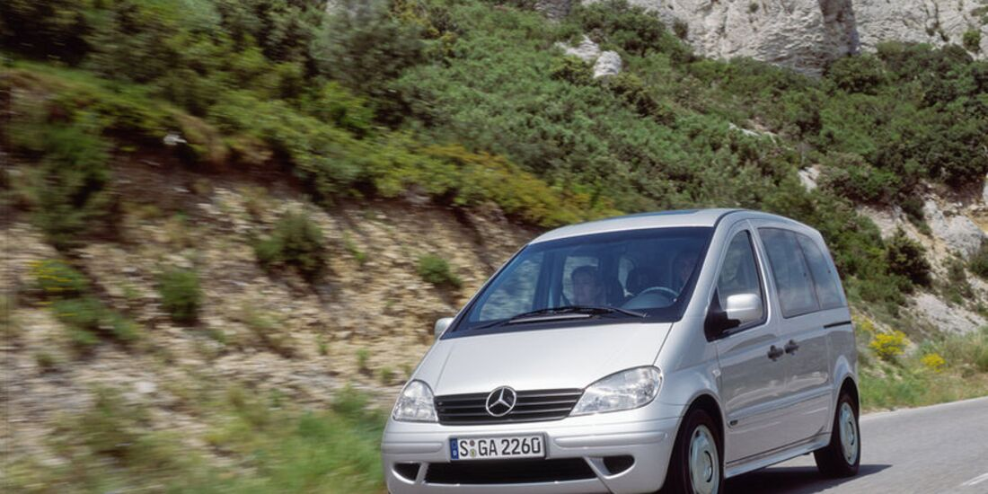 Mercedes-Vaneo-fotoshowImage-e3ababf5-521295 (jpg)