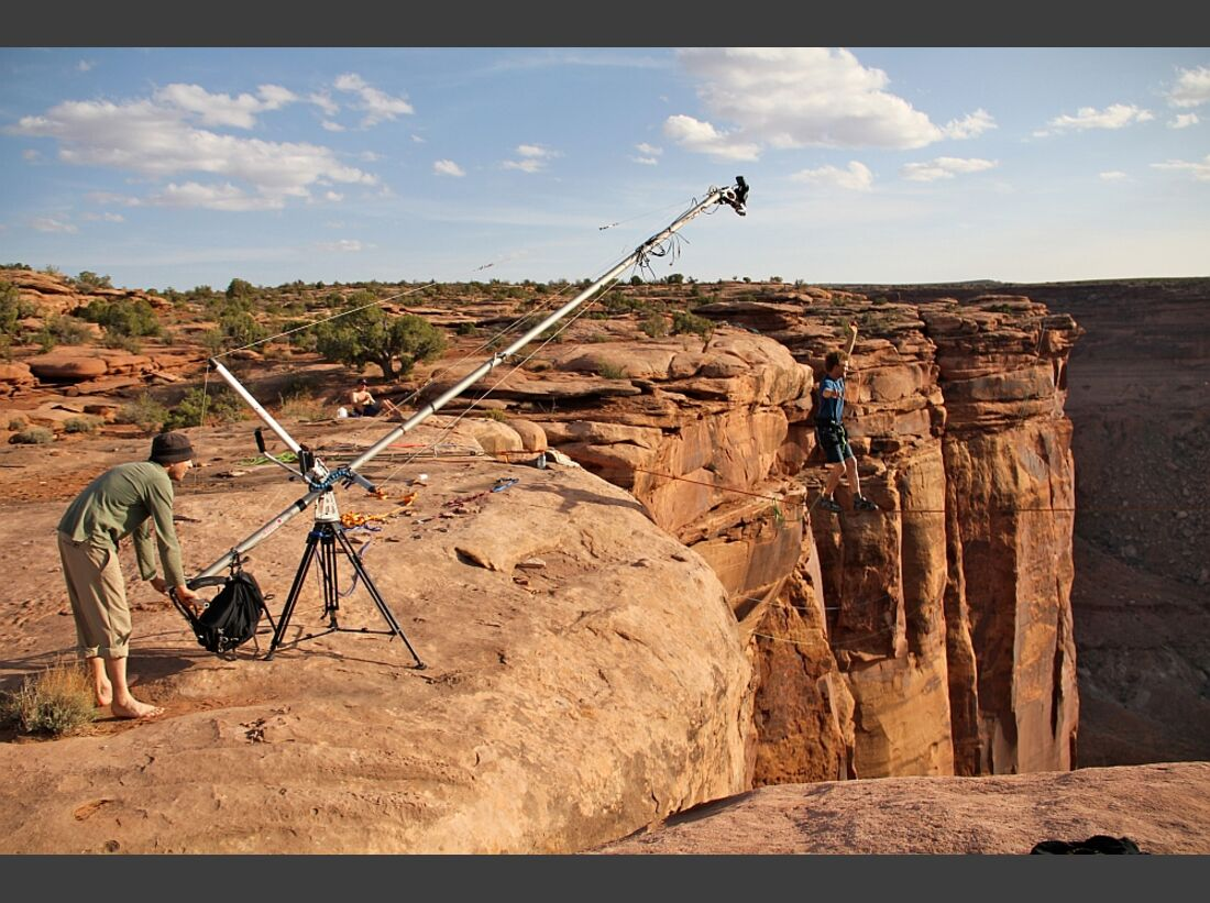 OD-EOFT-12-13-sketchy_andy_moab-SenderFilms (jpg)