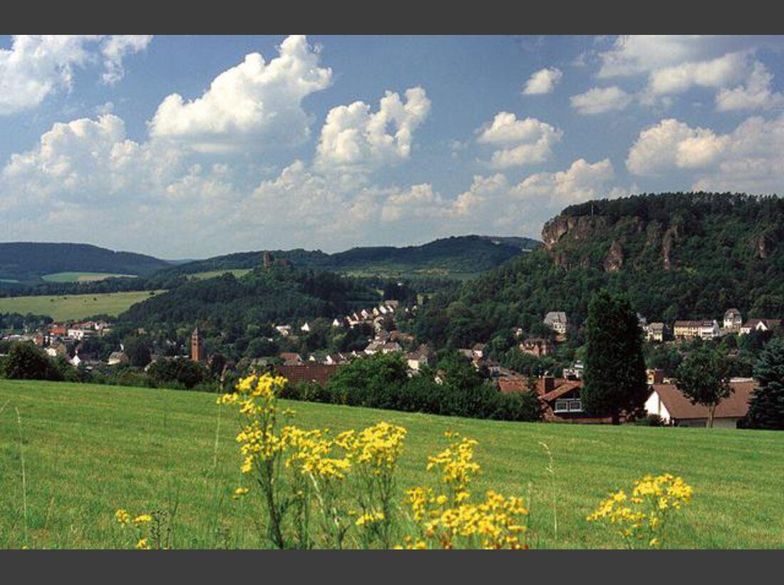 OD-Eifelsteig-10_Gerolsteiner-Dolomitfelsen (jpg)