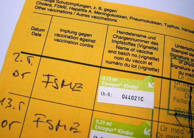 OD_ZECKE-Claudia-Hautumm_pixelio (jpg)