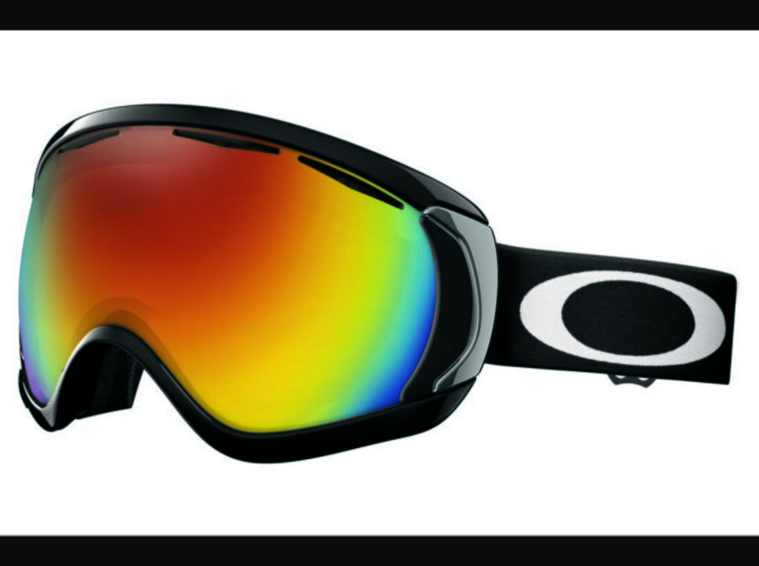 PS-ISPO-2012-Ski-Ausruestung-Oakley-Canopy (jpg)