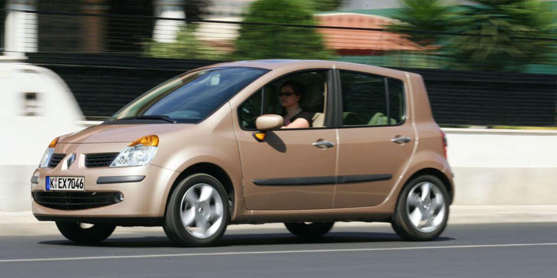 Renault-Modus-fotoshowImage-d4ab3530-521289 (jpg)
