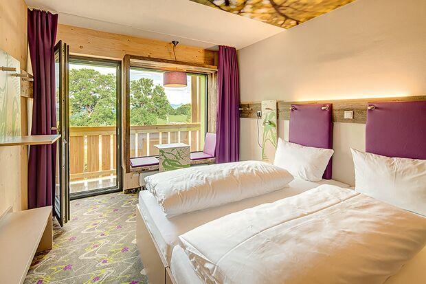 od_0519_Bayern_Special_DoppelZimmer - Explorer Hotel Neuschwanstein (26) (png)
