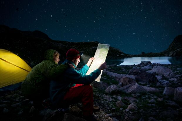od-2018-stirnlampe-camping-COLOURBOX2274042 (jpg)